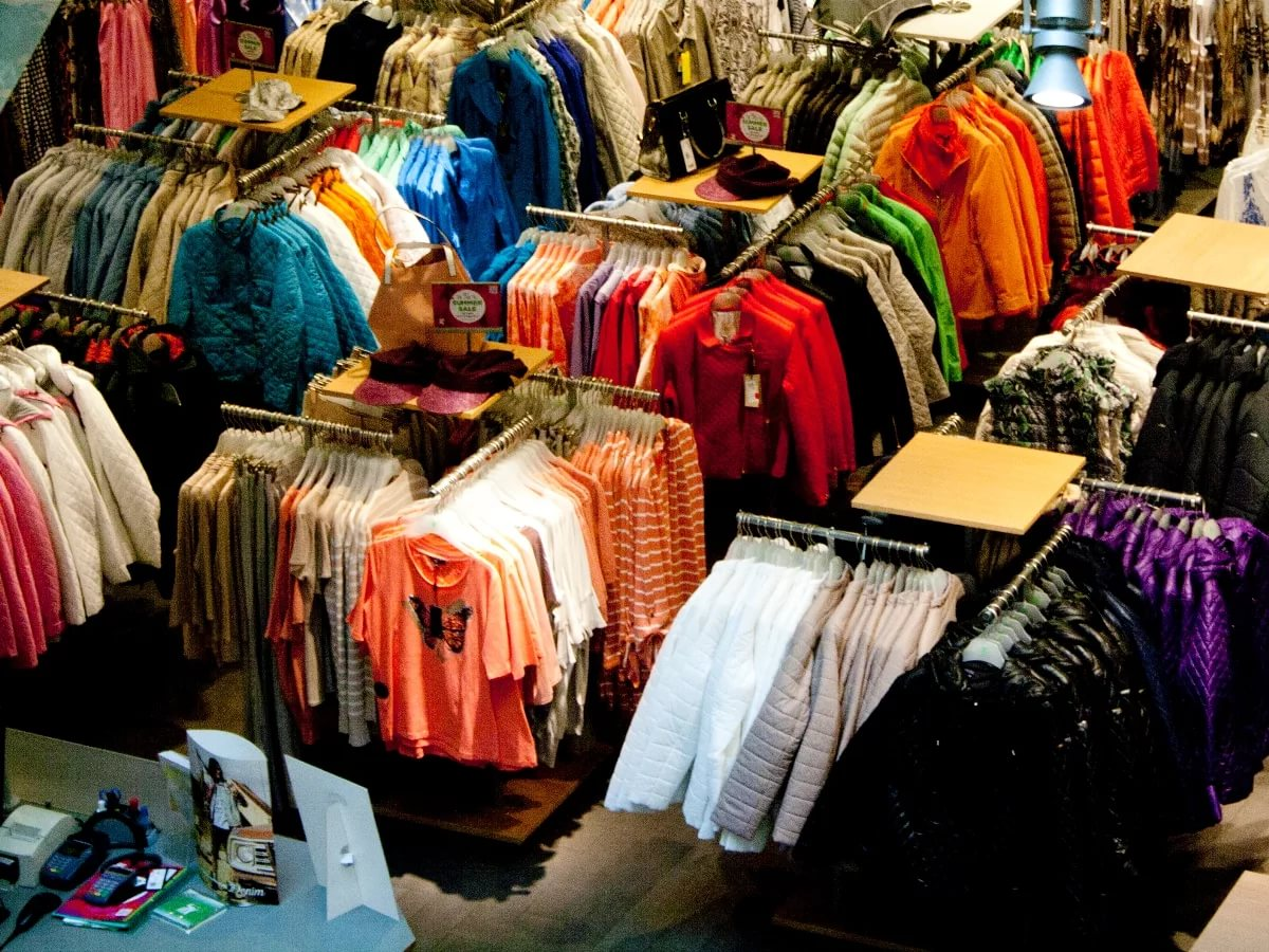 Доставка одежды из Китая в Россию